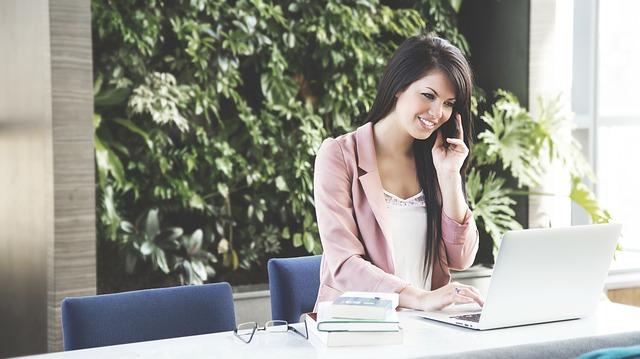 Jak zarządzać informacjami w firmie