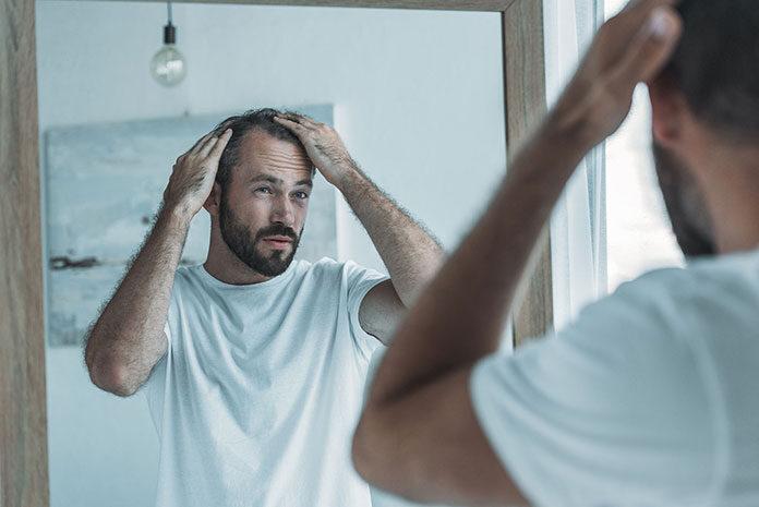 Czym jest mikropigmentacja skóry głowy?