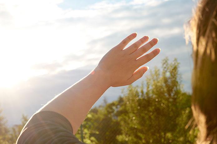 Jak chronić oczy przed słońcem